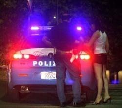 Estorsione ai danni di una prostituta: arrestato