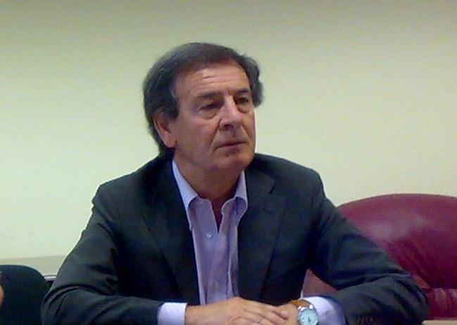Revocati i domiciliari all'ex sindaco Santomauro provvedimento tramutato in divieto di dimora