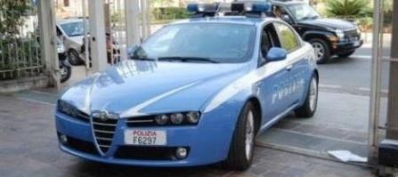 Stqavano rubando un ciclomotore. Arrestati due cittadini rumeni