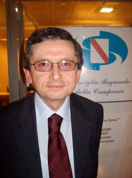 Stefano Caldoro visita il Vallo di Diano. Scoppia la polemica per le parole non dette